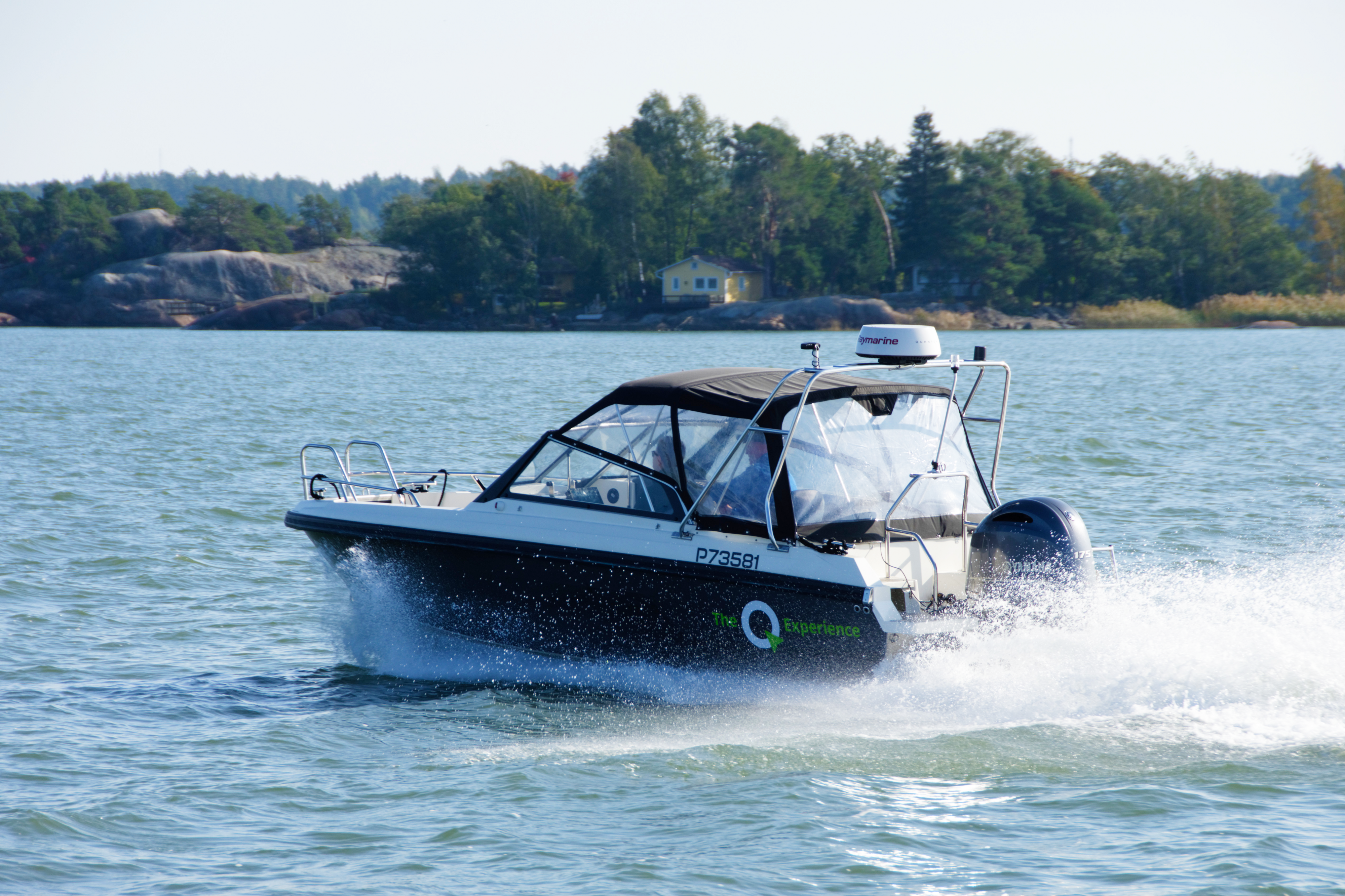 How to choose a right plotter for your boat – And how Q compares to other options